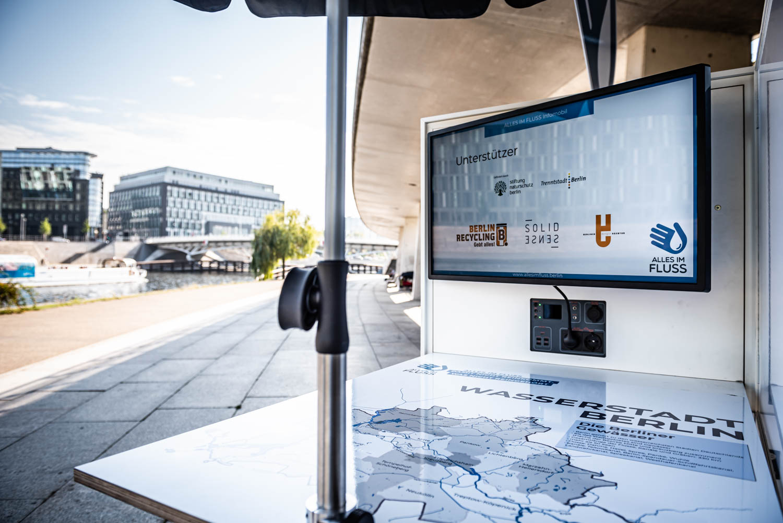 ALLES IM FLUSS - Booth-Bike, Berlin September 2020